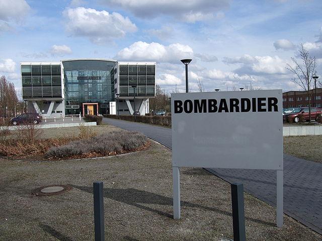 Das Hauptgebäude von Bombardier Transportation in Hennigsdorf. Foto: Skatz-Nelstar, German Wikipedia, CC BY-SA 3.0